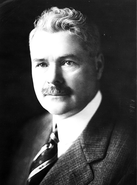 1864 : Ransom E. Olds Born, Creater of the Curved Dash Oldsmobile